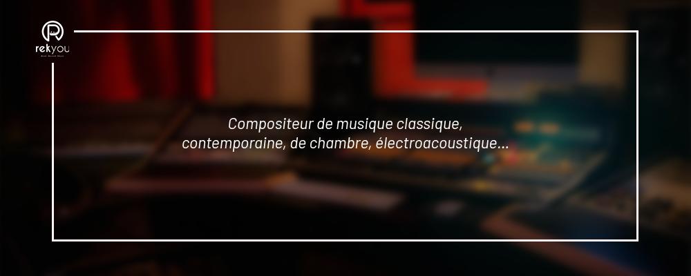 compositeur de musique classique dans un studio d'enregistrement